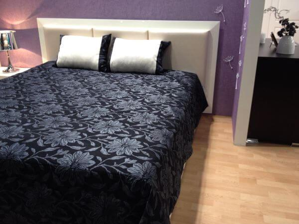 кровать в комнату
