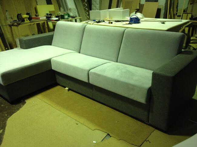 диван на производстве