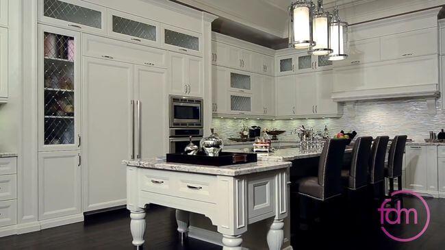 кухонный гарнитур из древеснного массива