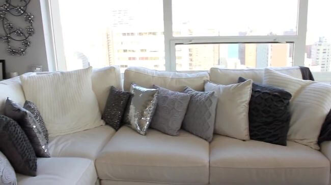 комфортный диван для гостиной