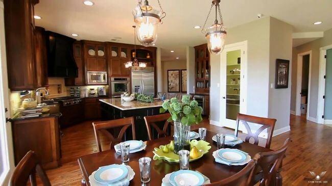 кухонные стулья с высокой спинкой
