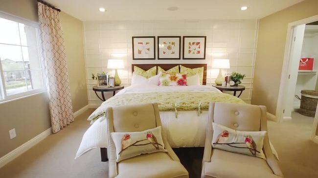 богатая кровать для спальни