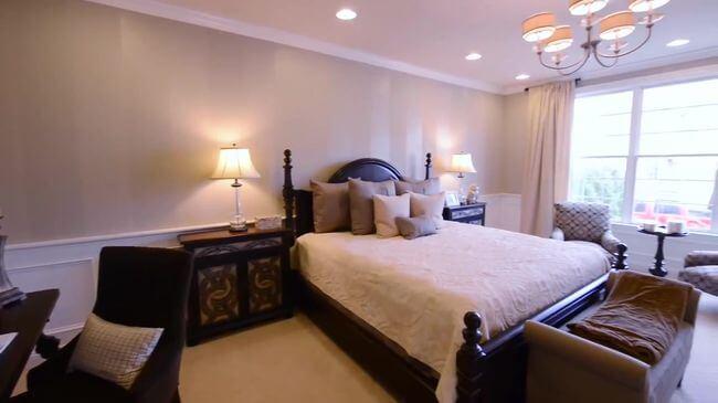 дорогая кровать для спальни