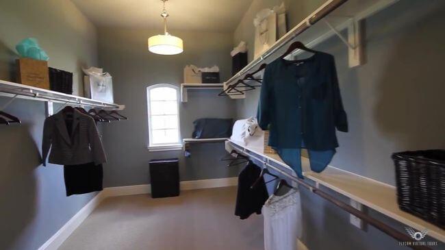 красивая мебель для гардеробной