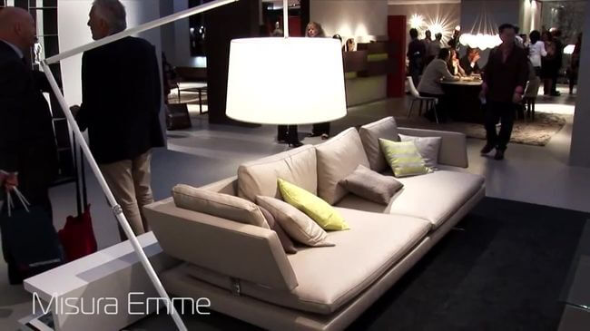 замечательный диван