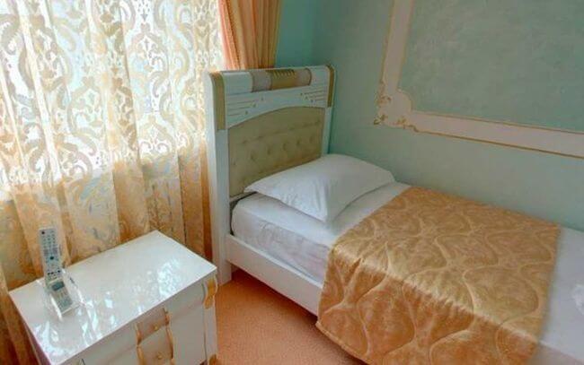 отличная кровать