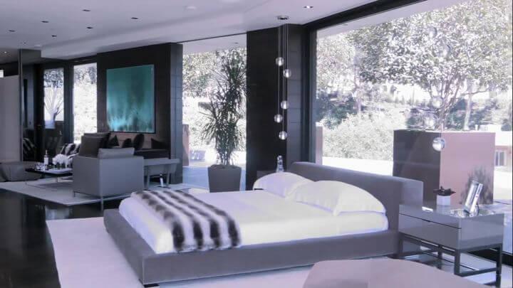 великолепная кровать