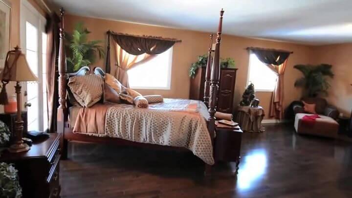 кровать в красивом дизайне