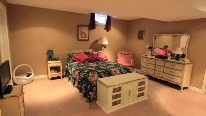 кровать для спальни производства Киев