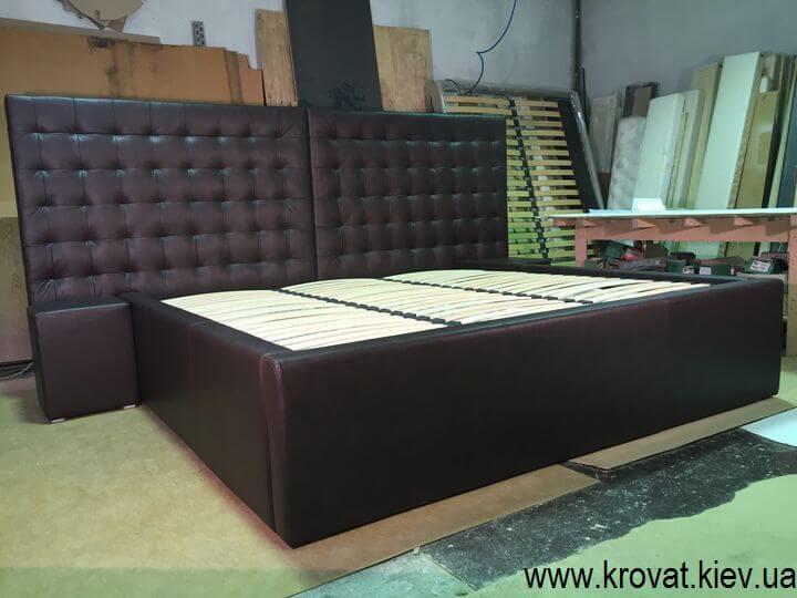 огромные кровати