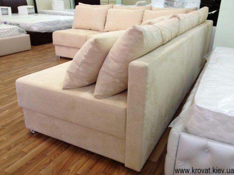 огромный угловой диван