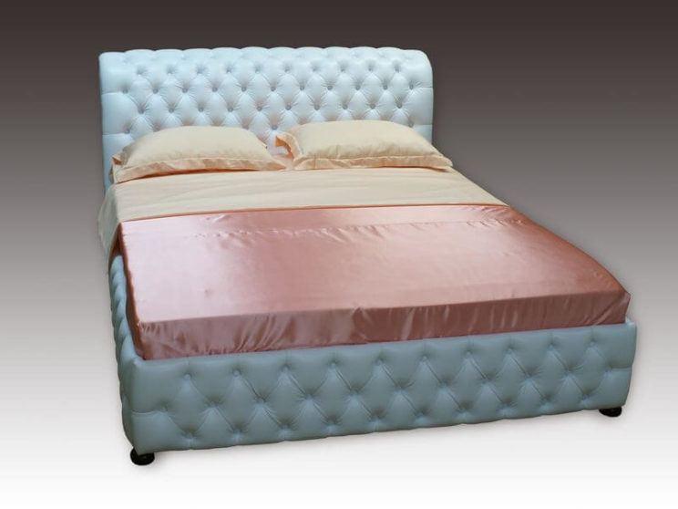 ліжко Честер з гудзиками