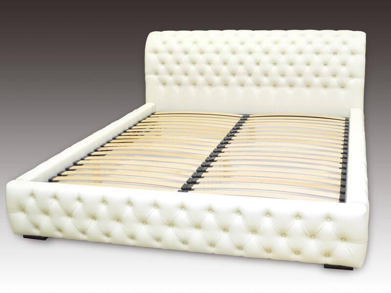 кровать Честер с капитоне