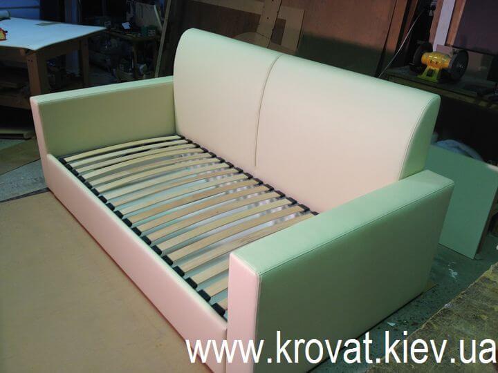 диван кровать в детскую комнату