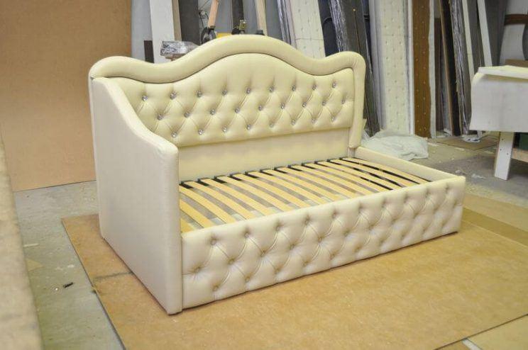 дитячий диванчик з гудзиками на замовлення