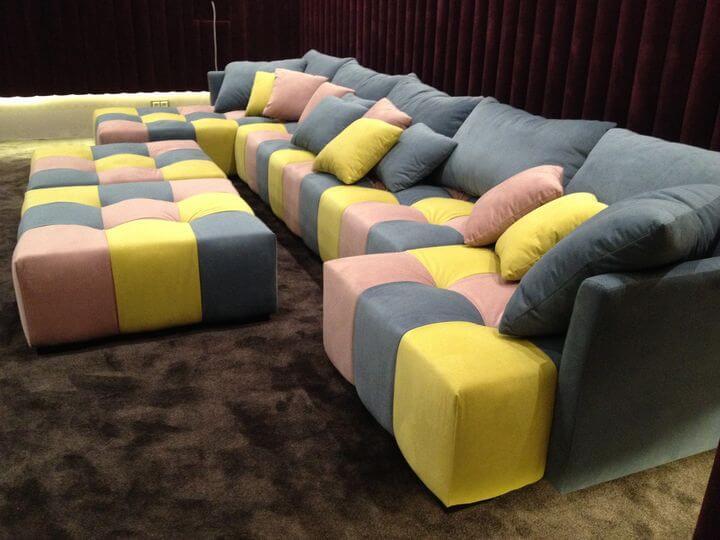 диван в кінотеатр