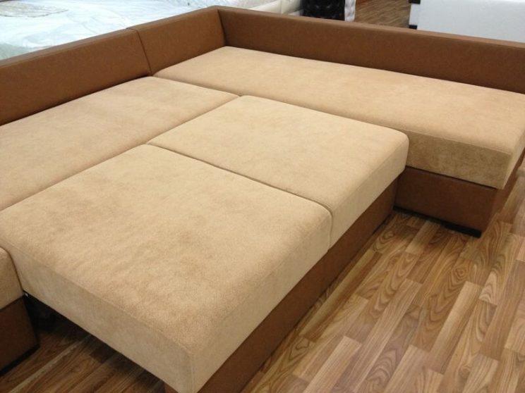 диван зі спальним місцем