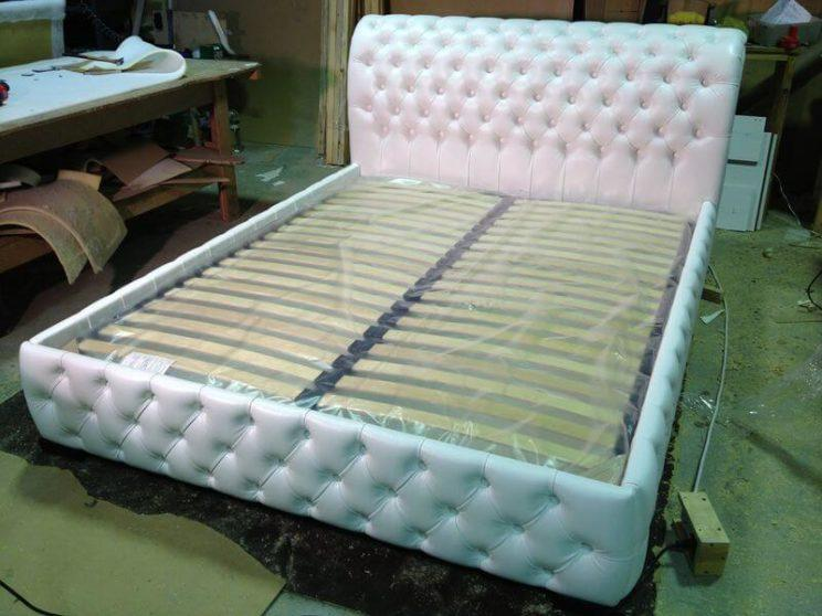 кровать Честер с каретной стяжкой на заказ