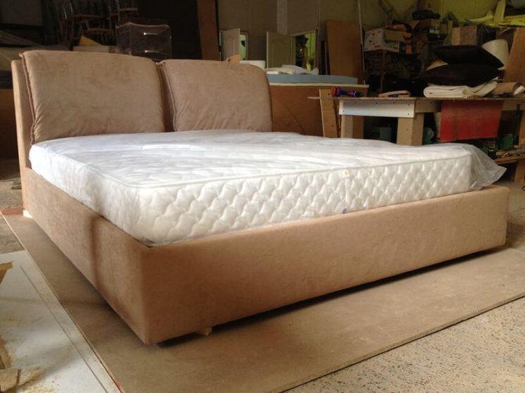 Кровать Палермо с мягким изголовьем