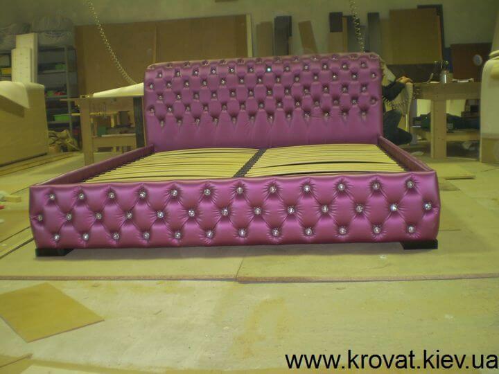 фиолетовая кровать с камнями Сваровски на заказ