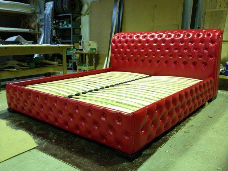 ліжко Честер червоного кольору