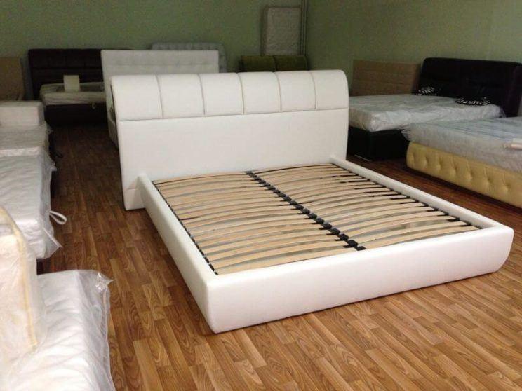 Кровать Бристоль с большим изголовьем