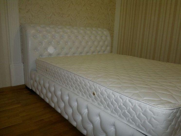 кровать Честер для спальни на заказ