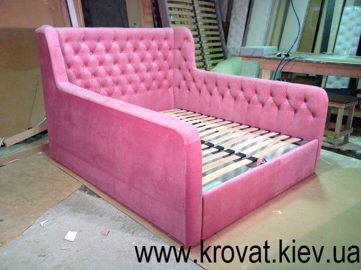 розовая кровать для девочки на заказ