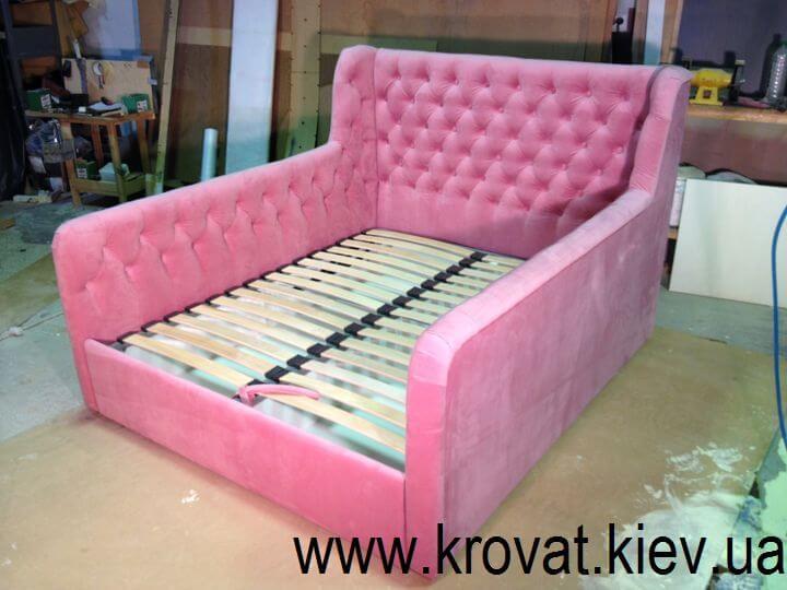 ліжка в рожевому кольорі на замовлення