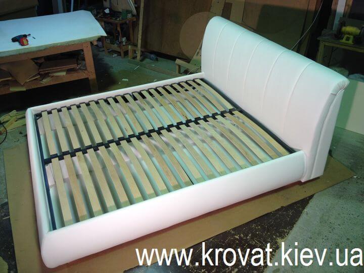ліжко з екокожі