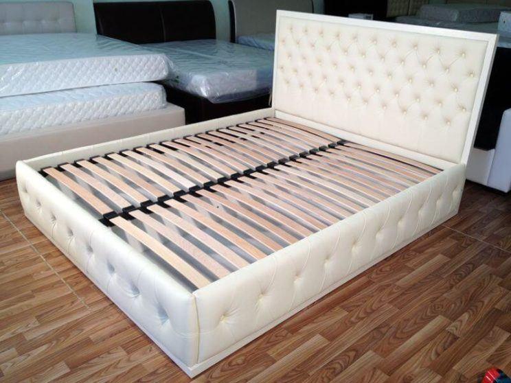 кровать Марго с капитоне на заказ