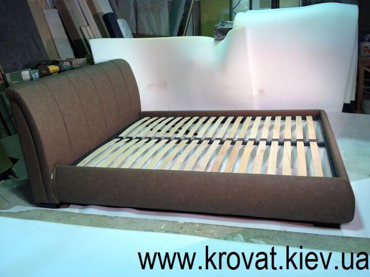 кровать с подъемным механизмом с мягкой спинкой на заказ