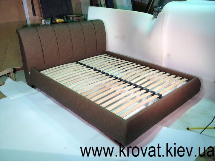 кровать с утяжками на спинке на заказ