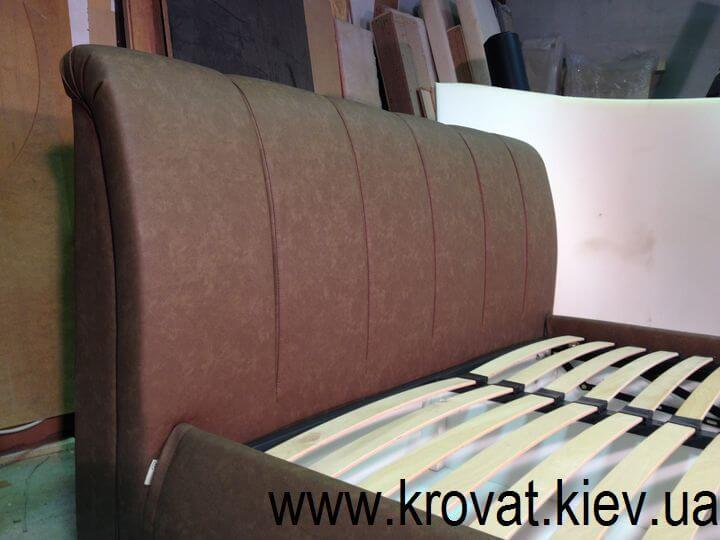 коричневая кровать с мягкой спинкой на заказ