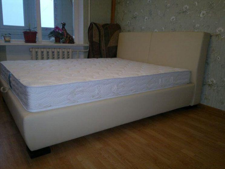 кровать Ольга в спальню на заказ