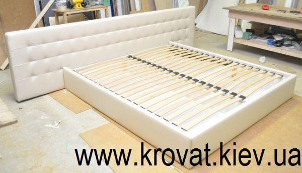 ліжко з великим узголів'ям на замовлення