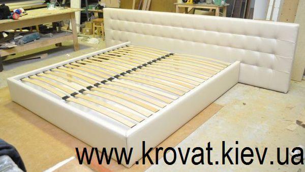 кровать с большой спинкой на заказ