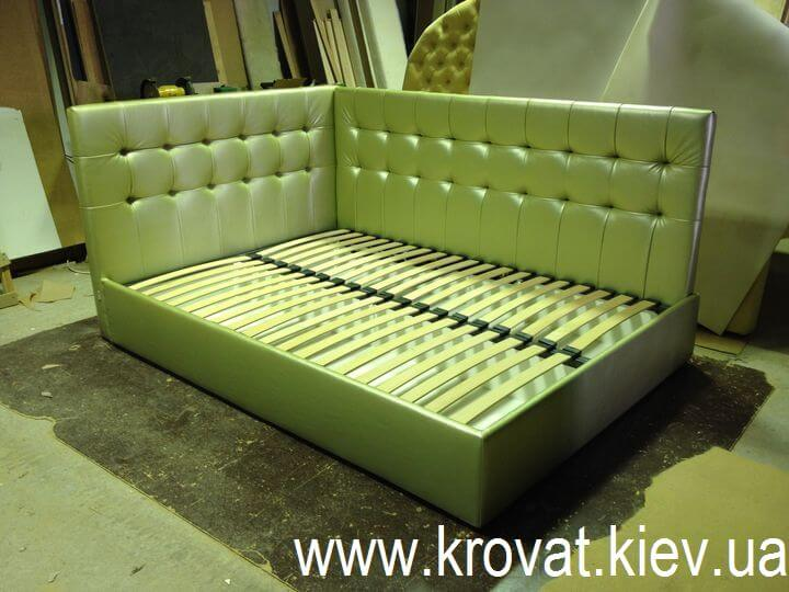 кровать с угловым изголовьем на заказ