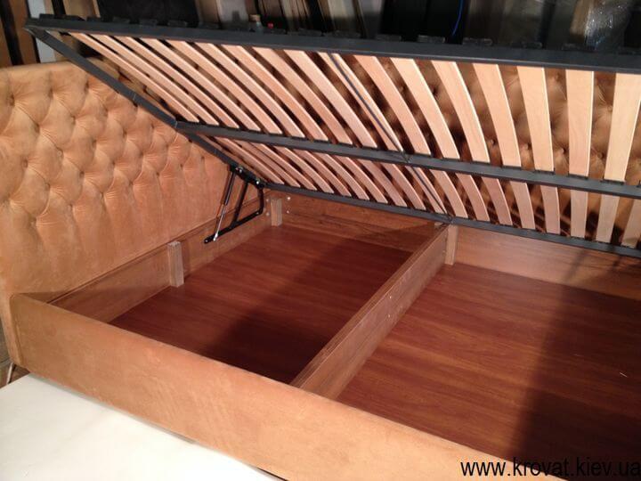 кровать с каретной стяжкой на заказ в угол спальни