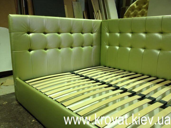 кровать с угловой спинкой на заказ