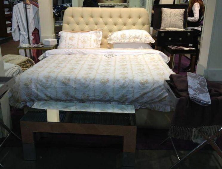 Кровать Элизабет с мягкой спинкой на заказ