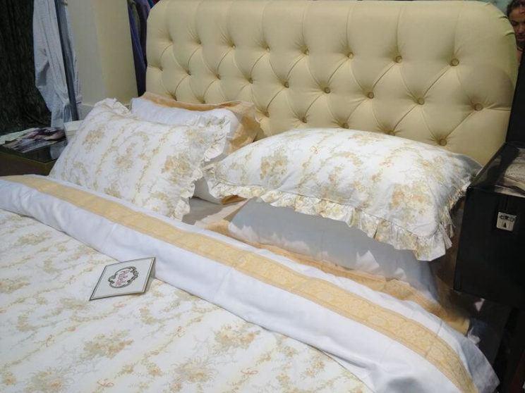 Ліжко Елізабет в інтер'єрі