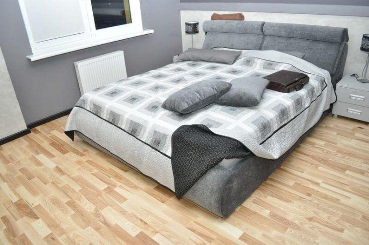 ліжко в спальню під замовлення