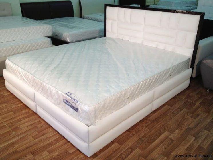 кровать с матрасом Венера