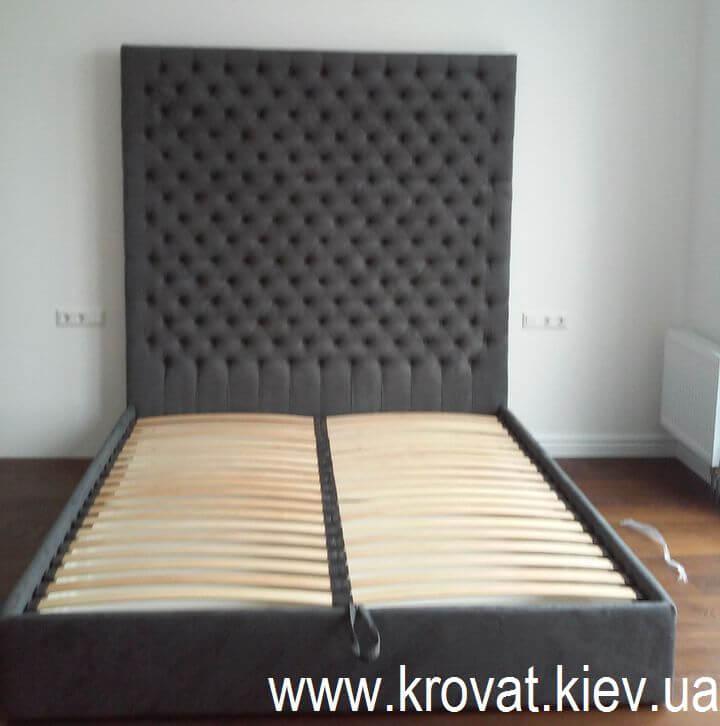 ліжко з високим узголів'ям на замовлення
