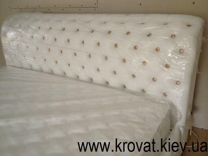 кровать Честер с мягким изголовьем на заказ