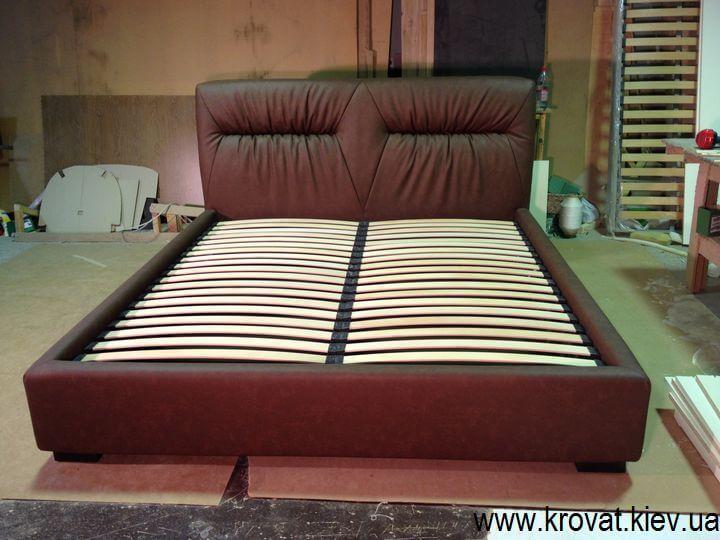 кровать с мягкой спинкой на заказ