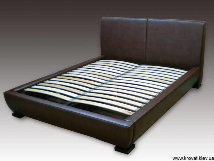 изголовье кровати с уклоном