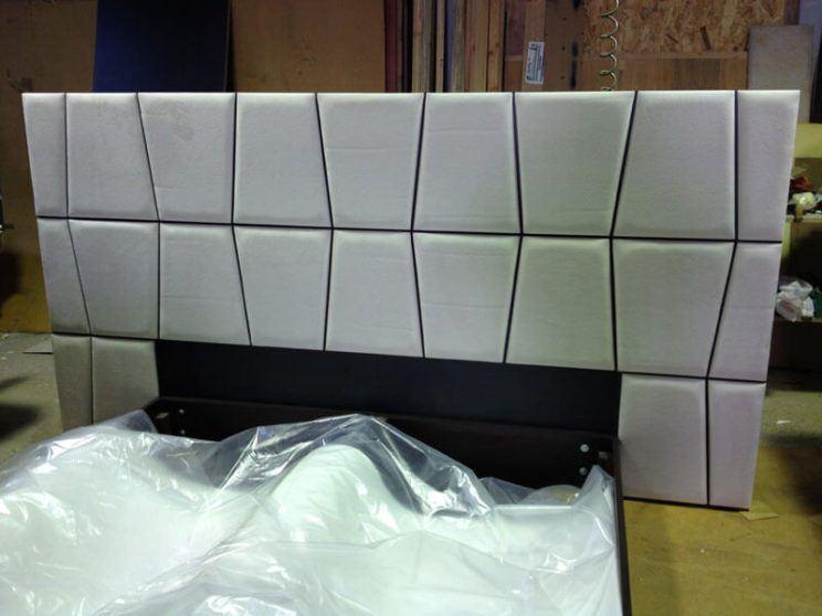 виготовлення ліжок з широким узголів'ям