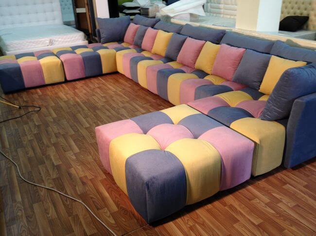 изготовление диванов в кинозал